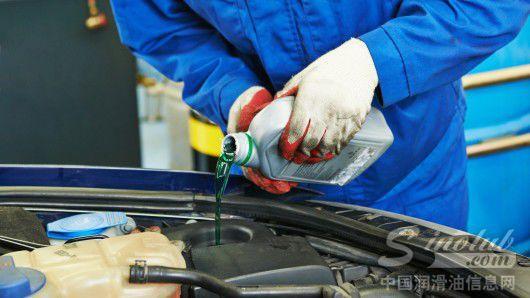 食品添加剂成分制成新型安全无毒高效汽车防冻液